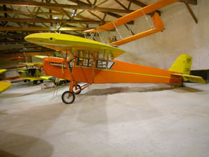 1941-deHavilland-Tiger-Moth2c-Australian-Model